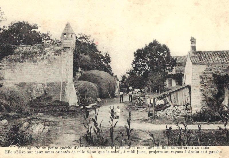 vieux port maillezais photo ancienne échaugette marais poitevin